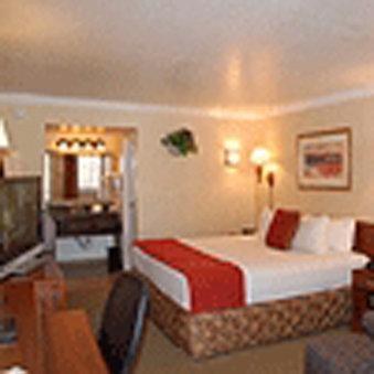 Hotel Aspen Flagstaff  Grand Canyon InnSuites