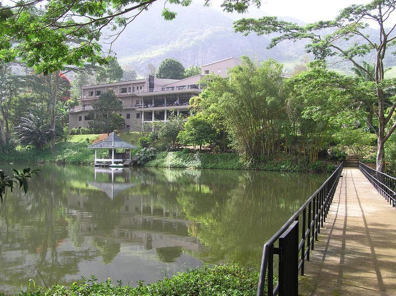 Hunasfalls Hotel