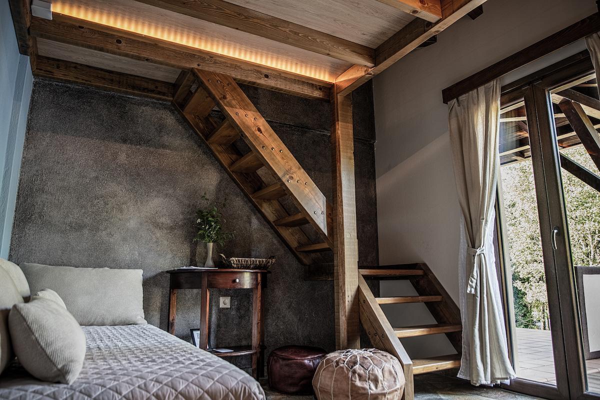 Xani Agramada Room 1