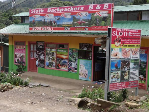 Hostel Sloth Backpackers BandB