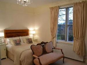 Mitchells Of Chester Guest House