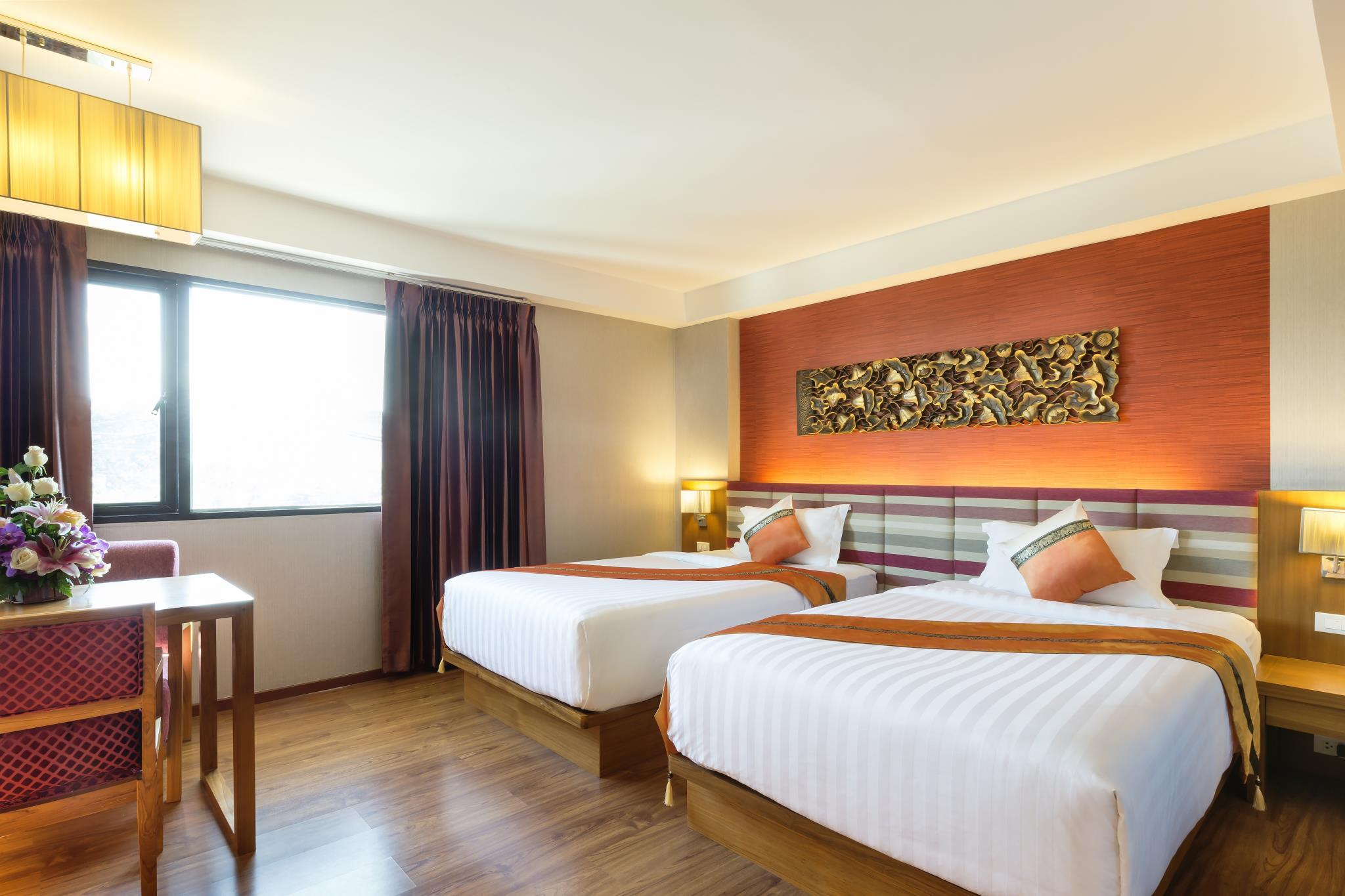 Asia Hotels Group   Poonpetch Chiangmai