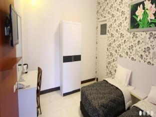 Hotel New Ayuda 2