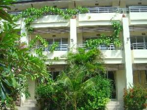 Lucky Mother Bungalow 2