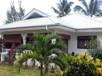 Coco Bay Guest House