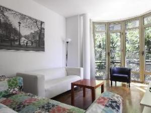 Barcelona For Rent Gaudi Central Suites