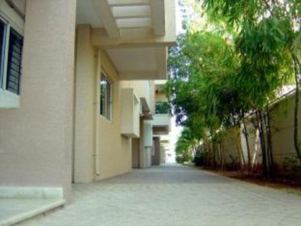 Stopovers Serviced Apartments - Hebbal Bangalore