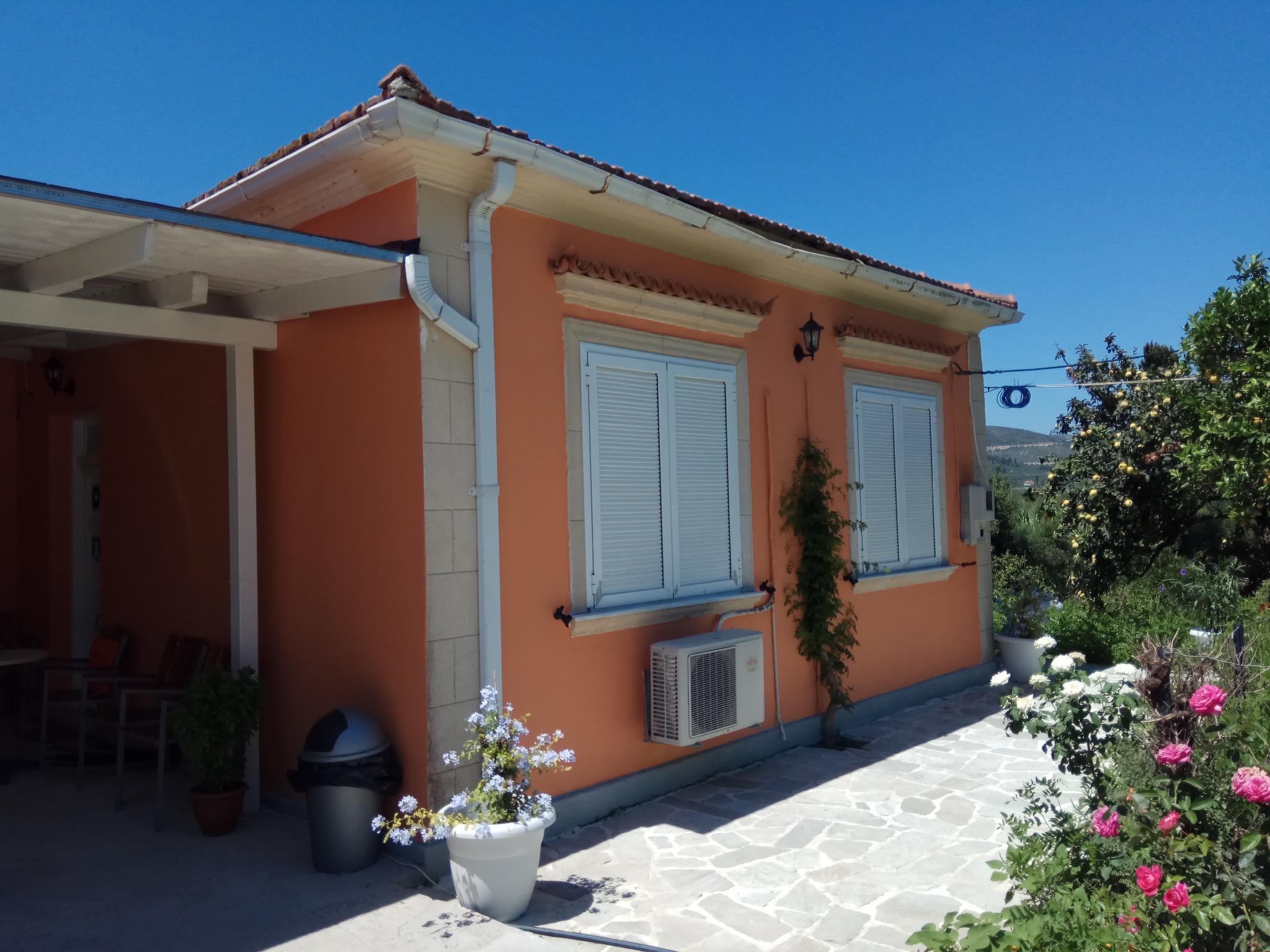 Monte Caputo Holiday House 6pax.
