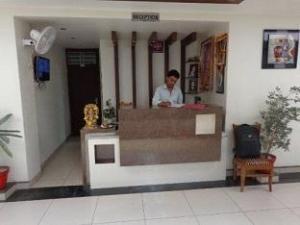 Om Plaza Hotel