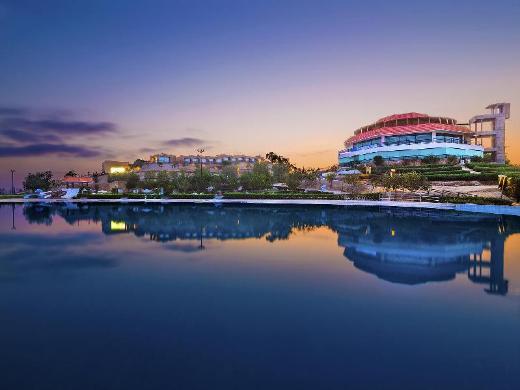 Dreamworld Resort Hotel and Golf Course