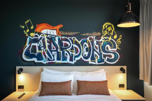 Nightcap at Chardons Corner Hotel