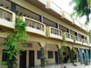 Hotel Kedar Dham