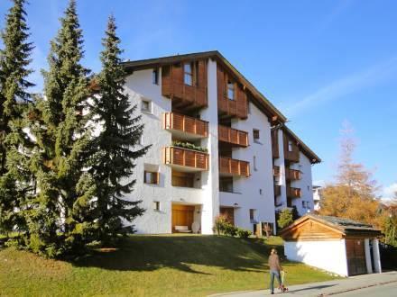 Apartment Chesa Maurus A1