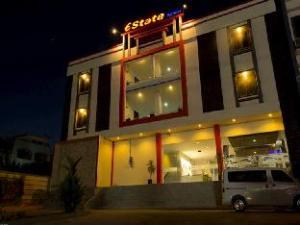 地产酒店 (Estate Hotel)