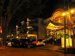 Benua Hotel