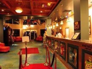 The Londoner At Morritt'S Tortuga Club Hotel