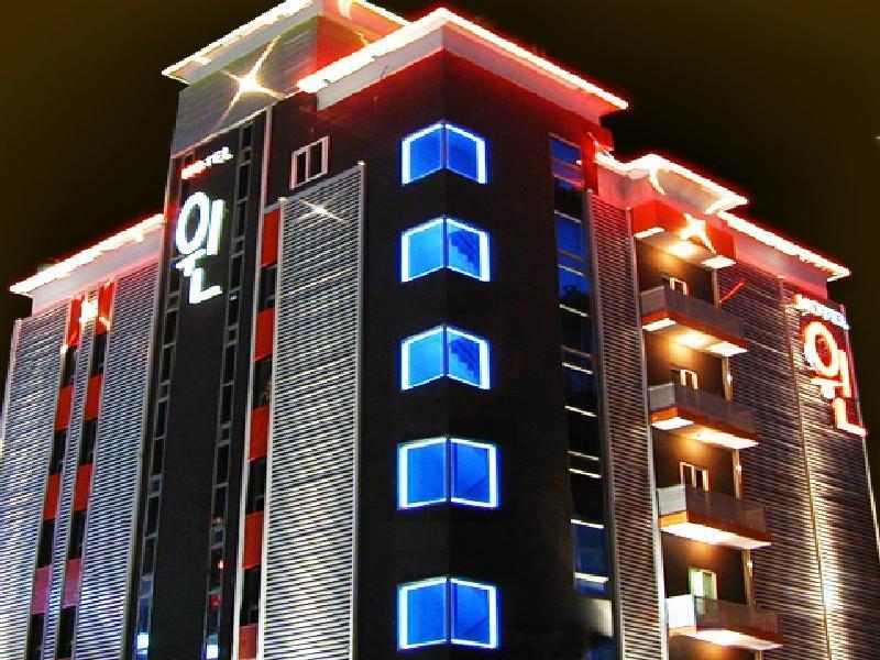 Andong Win Hotel