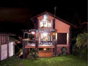 Arief Villa Lembang