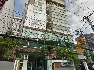 ジニス プレイス コンドミニアム Zenith Place Condominium