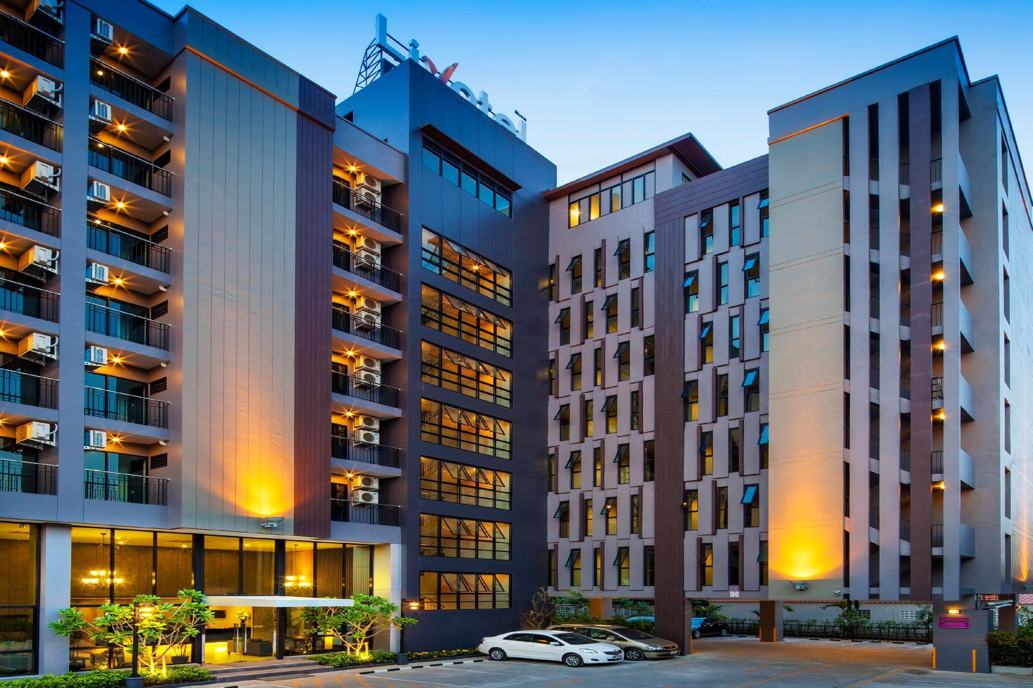 โรงแรม ลิโวเทล ลาดพร้าว กรุงเทพ