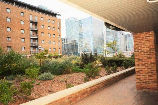 Zen Apartments - Docklands