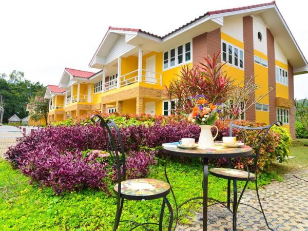 Family Resort Khao Yai (Pet-friendly hotel) Khao Yai