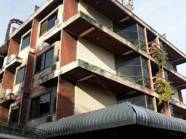 First Hotel Tak