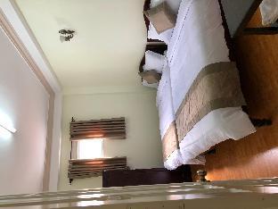 Khách sạn Lê Huỳnh