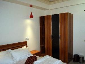 Surfview Hotel Raalhugandu
