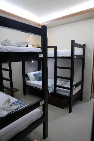 picture 3 of 4.13 Suites Hostel