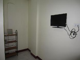 picture 3 of Myrnas Homestay