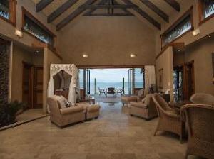 Rumours Luxury Villas and Spa