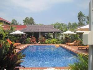 โรงแรมเดอะ แทมมารีนด์ (The Tamarind Hotel)