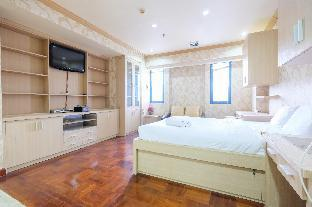 Classic Studio Park Royale Apartment By Travelio