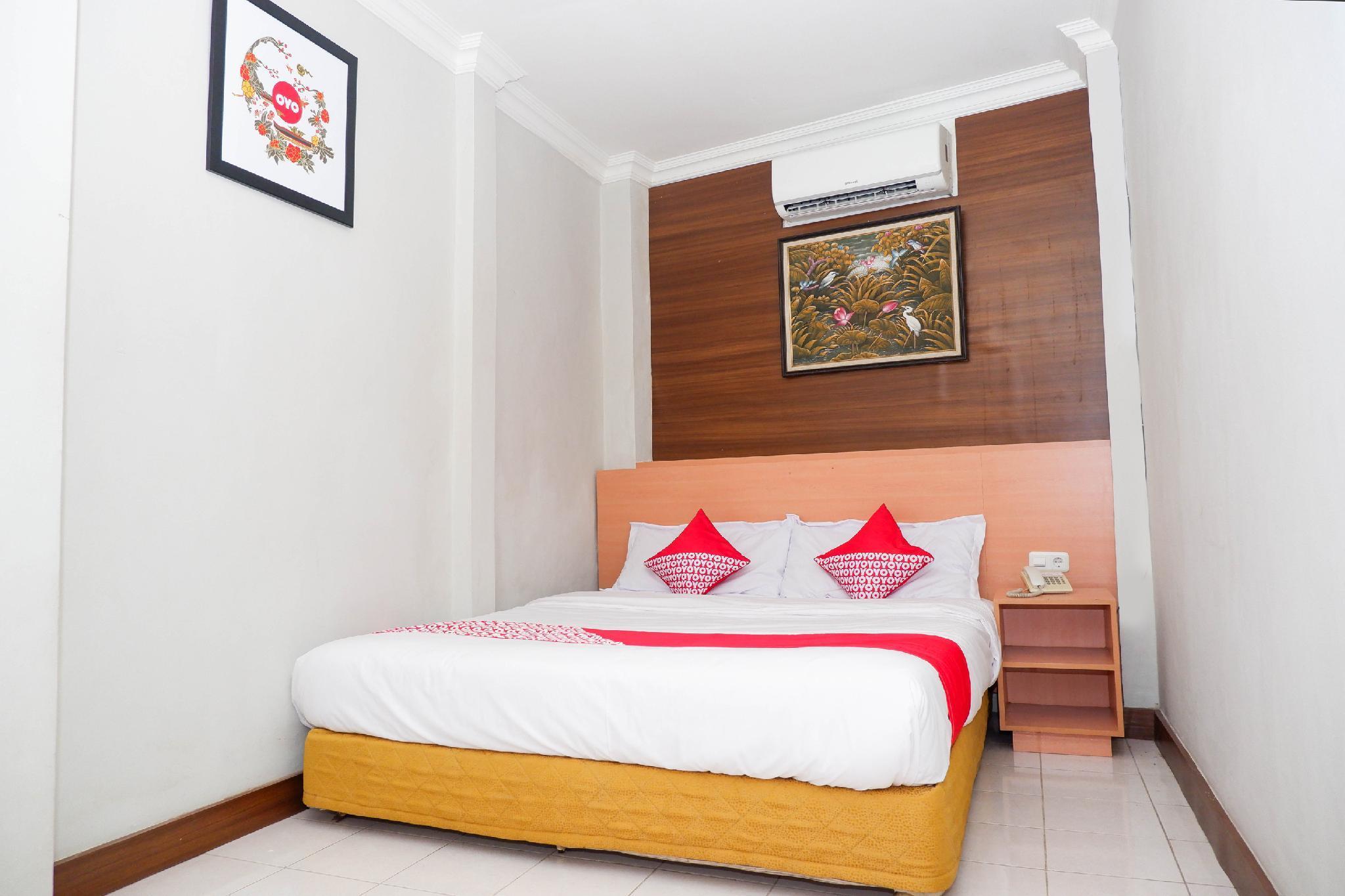 OYO 1002 Hotel Elizabeth