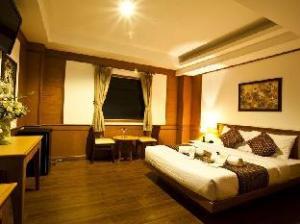 Zaza Hotel Bangpoo