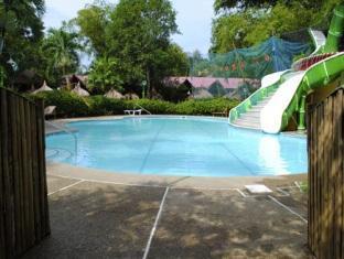 picture 4 of Kawayanan Resort