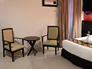 picture 2 of Infinity Suites