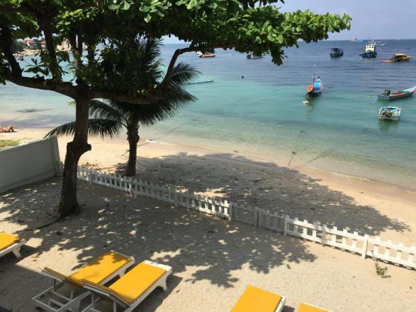 Coral View Maehaad Serviced Apartment Koh Tao