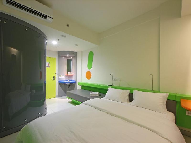 Pop Hotel Kemang Jakarta Indonesia Overview