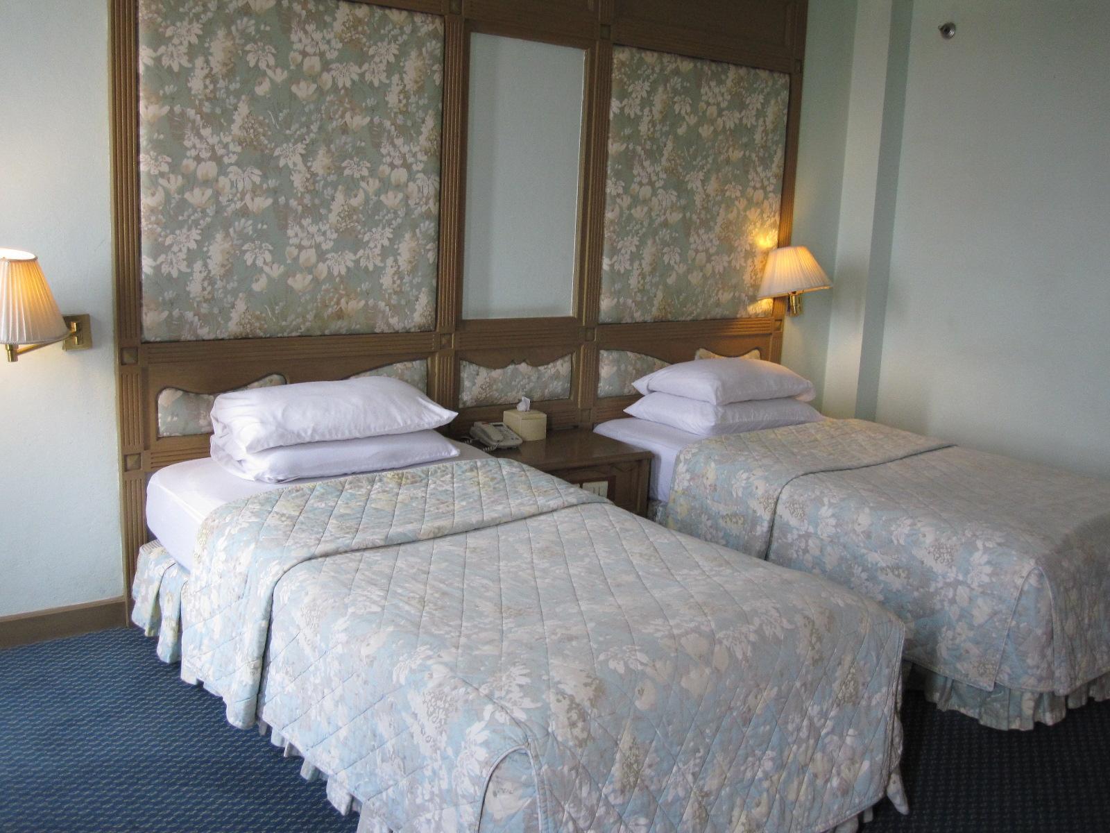 Diamond Riverside Petch-Ngam Hotel