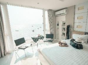 The Marina Sea View House Bangsaen