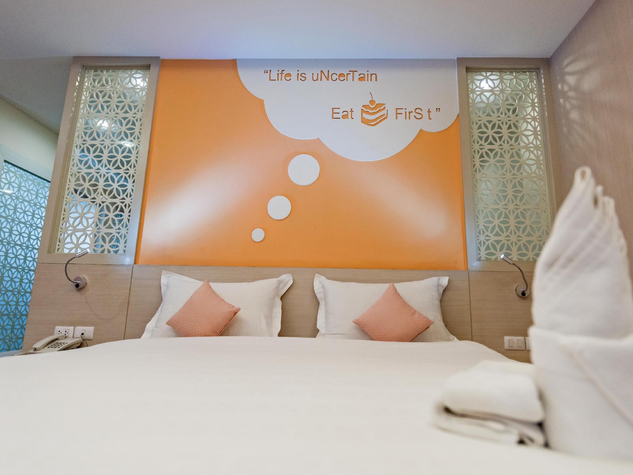 The Tint at Phuket Town Hotel โรงแรมเดอะ ทินท์ แอท ภูเก็ต ทาวน์