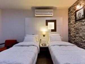 Treebo Casa Hotel