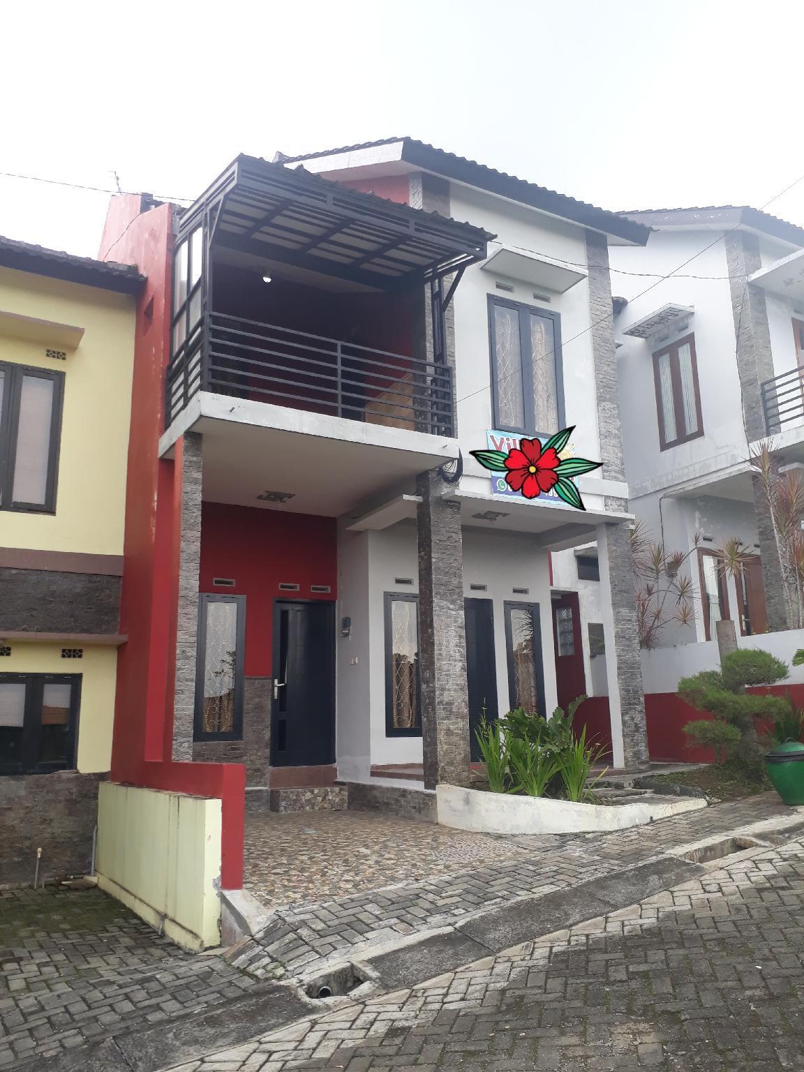 Villa Keluarga Matahari