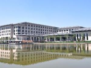 Tianjin Bolong Shanzhuang Hotel
