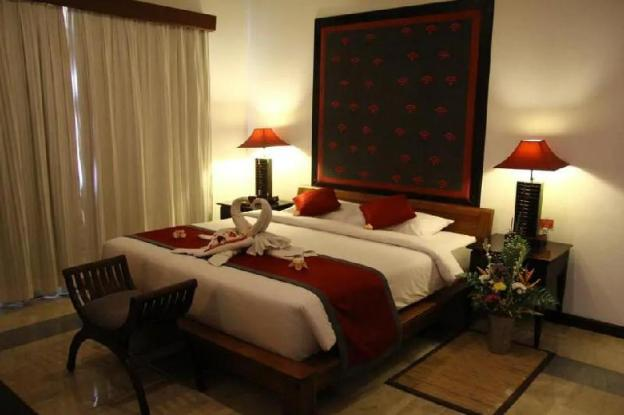 #167  2BDR Suite With Private Pool at Sukawati