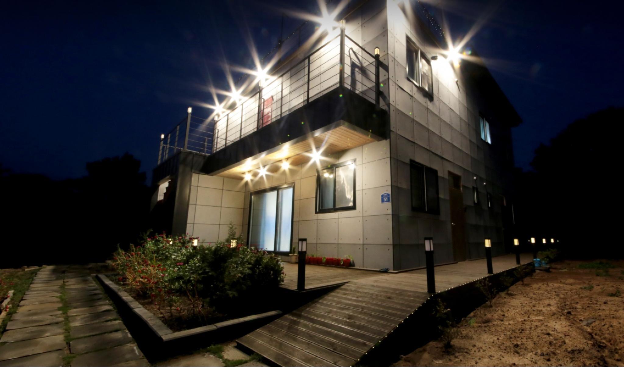 Starlighthouse A