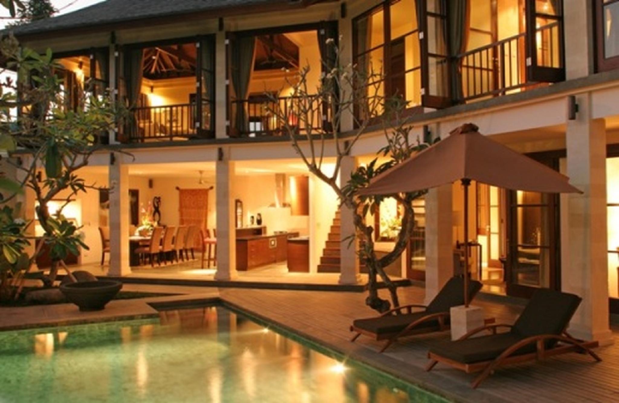 3 BDR Luxury Villa Near GWK Culture Park
