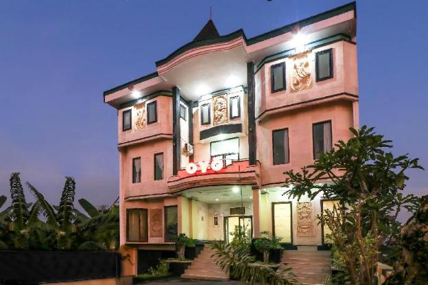 OYO 1054 Bayak Bali Hotel